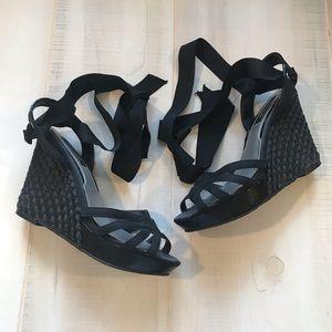 WHBM White House Black Market Wedge Sandals 8M